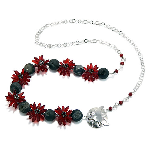 Red Star Bright - Necklace