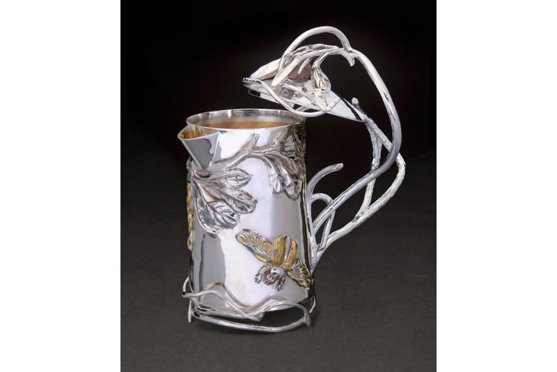 Genevieve Flynn - Ssssssumptuos Teapot