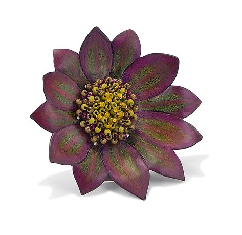 Daisy Shield Brooch