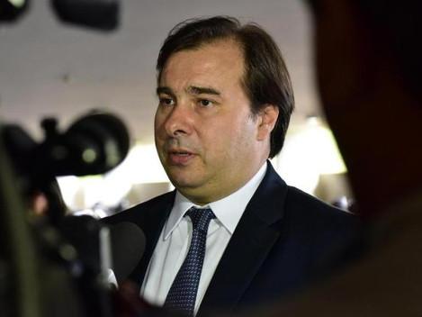 Rodrigo Maia nega que reforma da Previdência ficará para 2º semestre