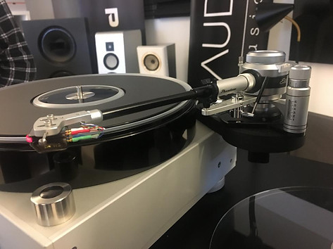Graham tonearm m/DS AUDIO E1 på TechDAS Air Force V