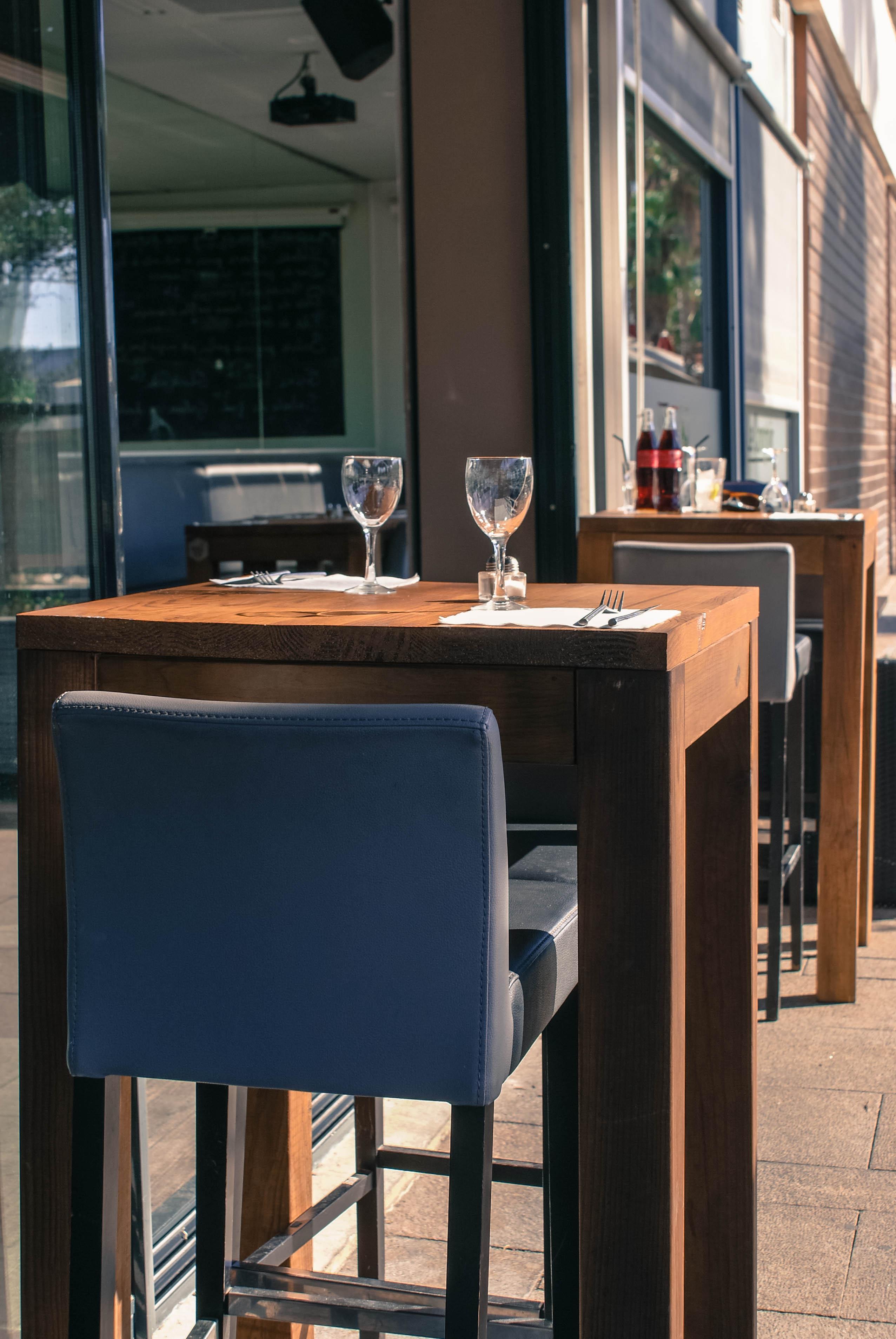 Tables ext Le comptoir 2