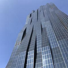 Современо архитектурное здание Вены