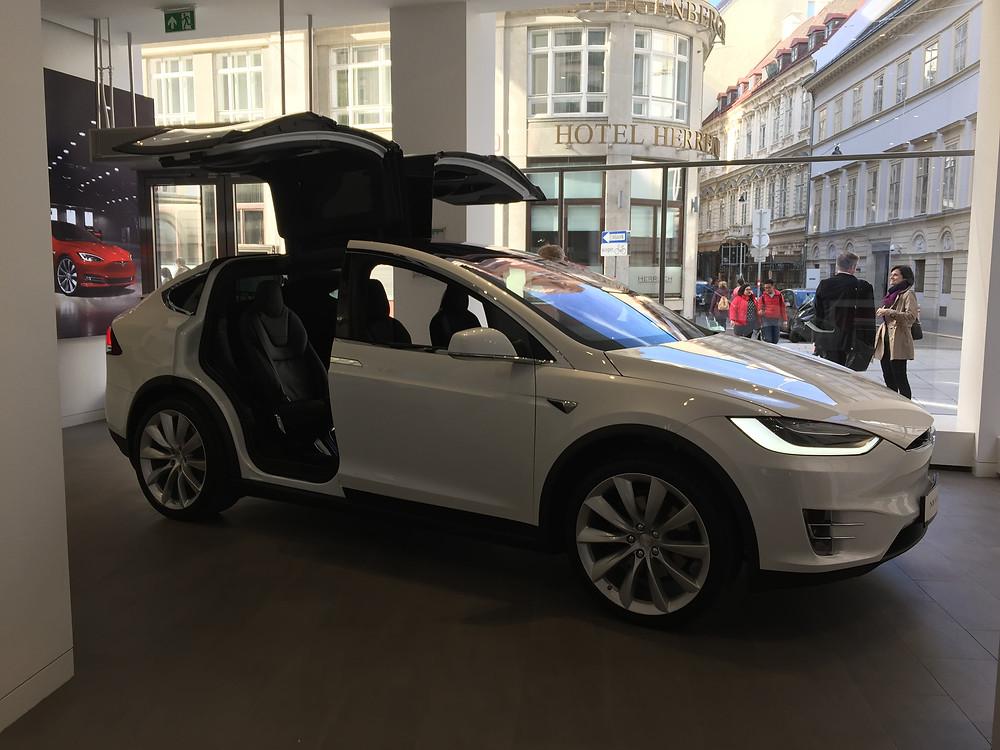 Магазин Tesla Вена
