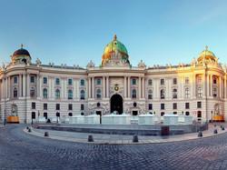 Hofburg-Palace-Austria_80584291-990x743