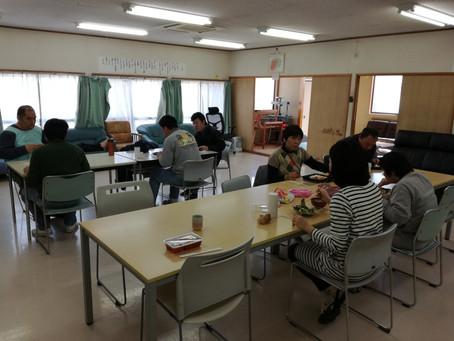 風のうたに学生が実習に来ました。