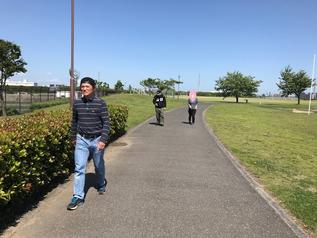 お気に入りの公園で散歩しています★