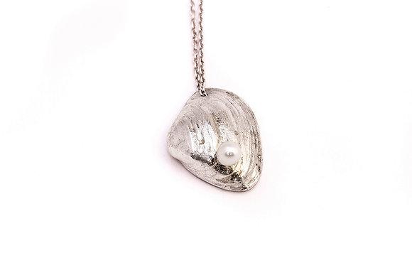 Noordzee verticaal met witte parel getopt - Zilver