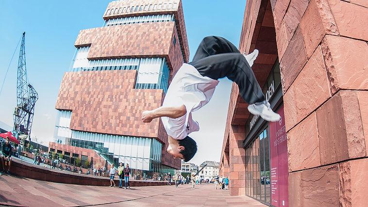 stlvisuals_antwerp street kicks_freerunning