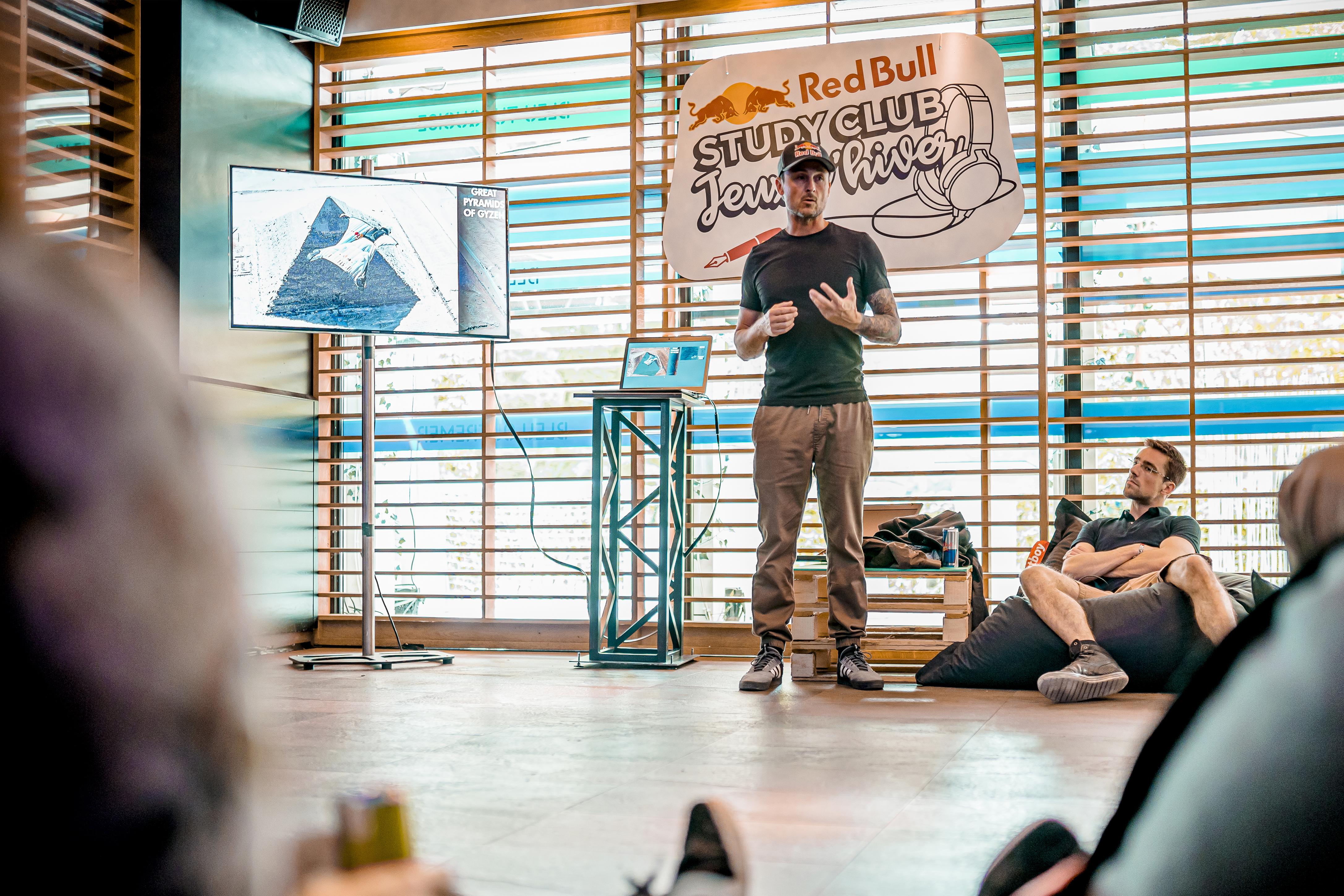 Red Bull - Study Club
