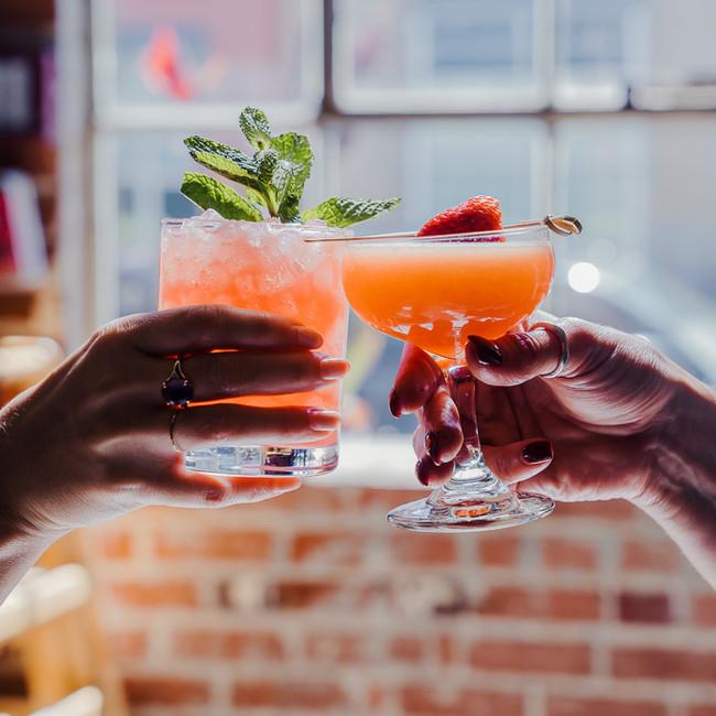 Curio Bar