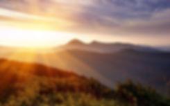 ws_Sunlight_Over_Mountains_2560x1600.jpg