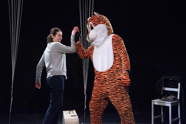 Alice in 'Tiger'