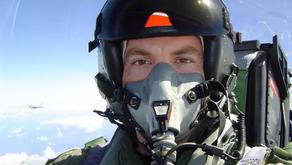 L'interview du pilote de chasse qui a filmé l'OVNI de l'incident du Nimitz