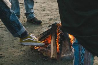 MAckenzie Beach Tofino Campfire