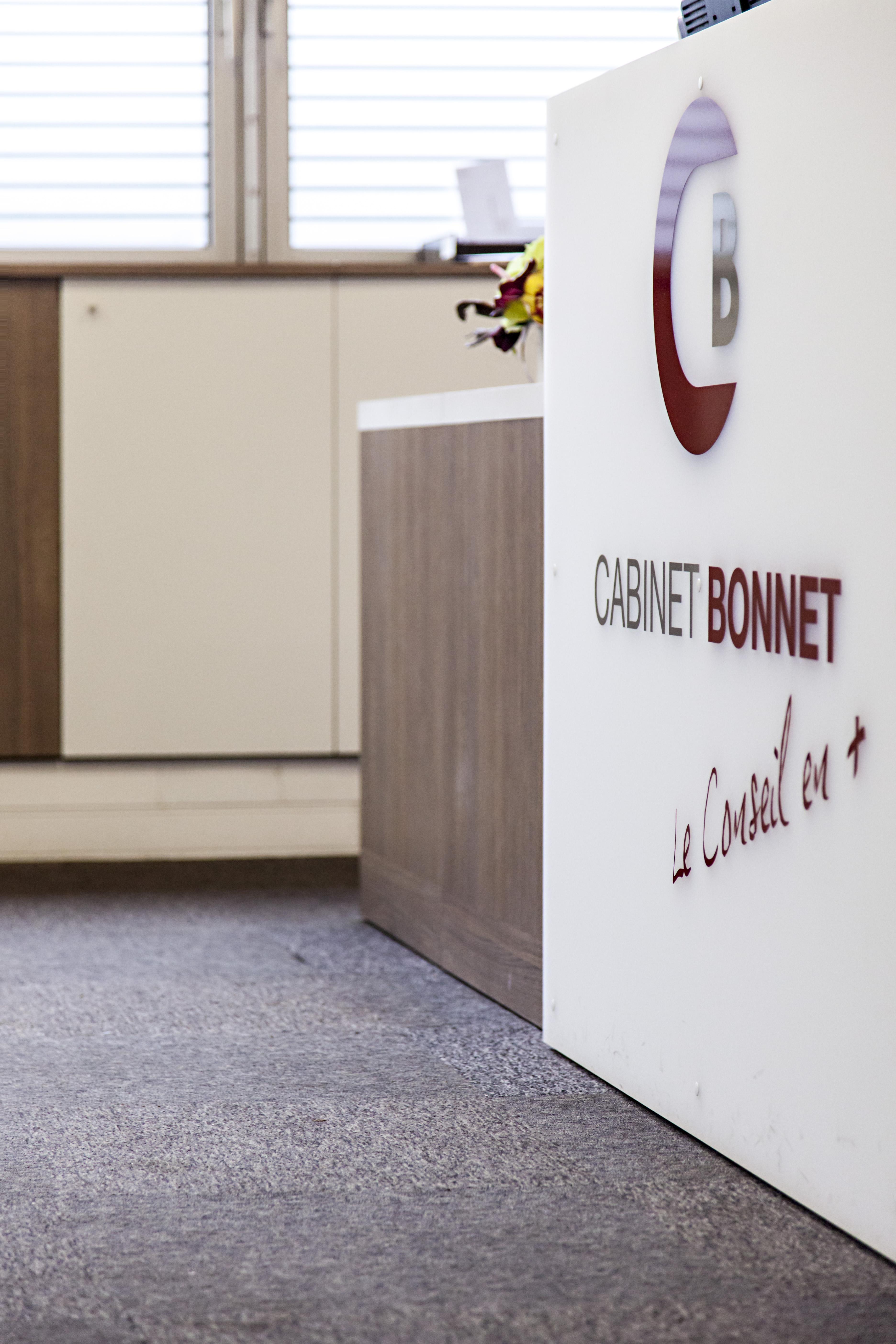 BONNET8