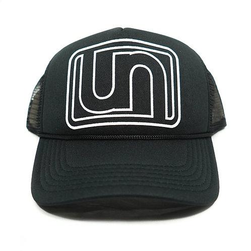 UN Logo Trucker -Blk/Blk