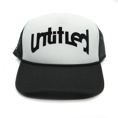 Untitled Logo Trucker - Wht/Blk