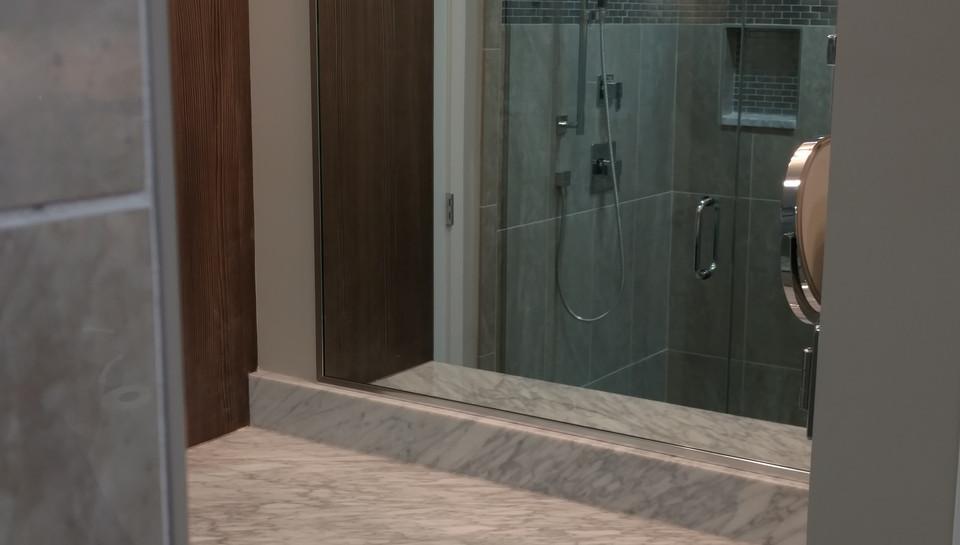 Bathroom B - Elgin, IL.jpg