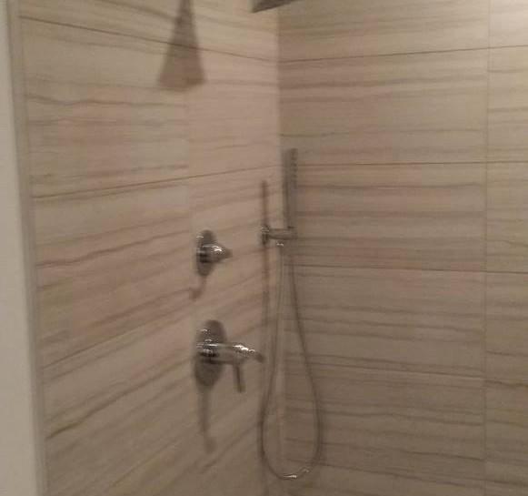BathroomH.jpg