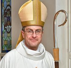 Mgr Eric de MOULIS-BEAUFORT Archevêque d