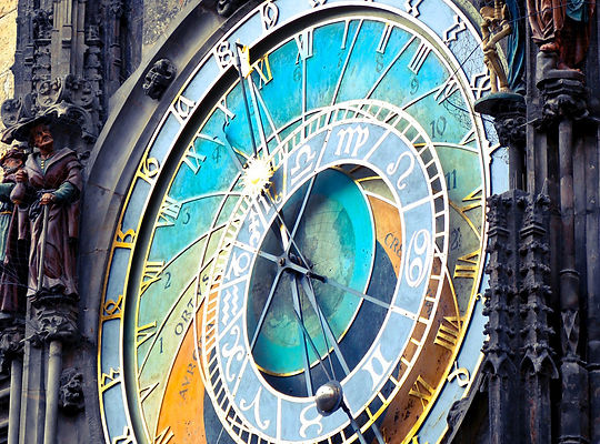 round-analog-clock-820735_cropped.jpg