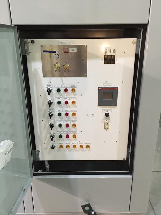 Externally Mounted Capacitor Bank Controls