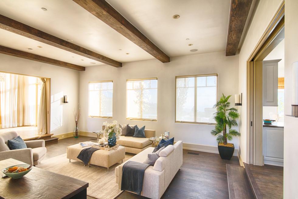 Indoor_Living01.jpg