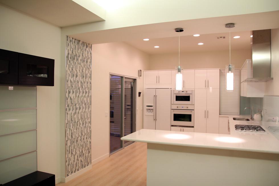 kitchen 01.jpg