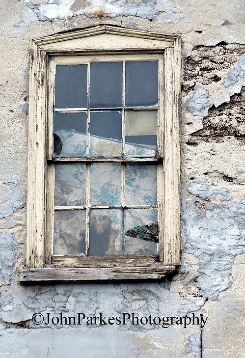 Window2.JPG