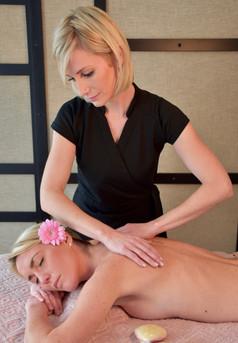 Massage au Monoï