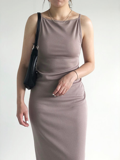 平領吊帶連身裙