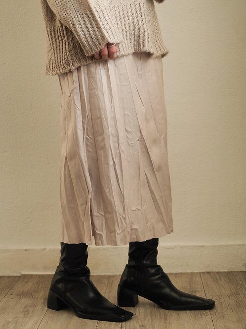 杏色皺紋彷皮裙