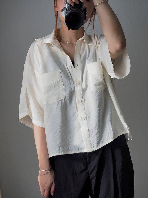 米白輕薄恤衫