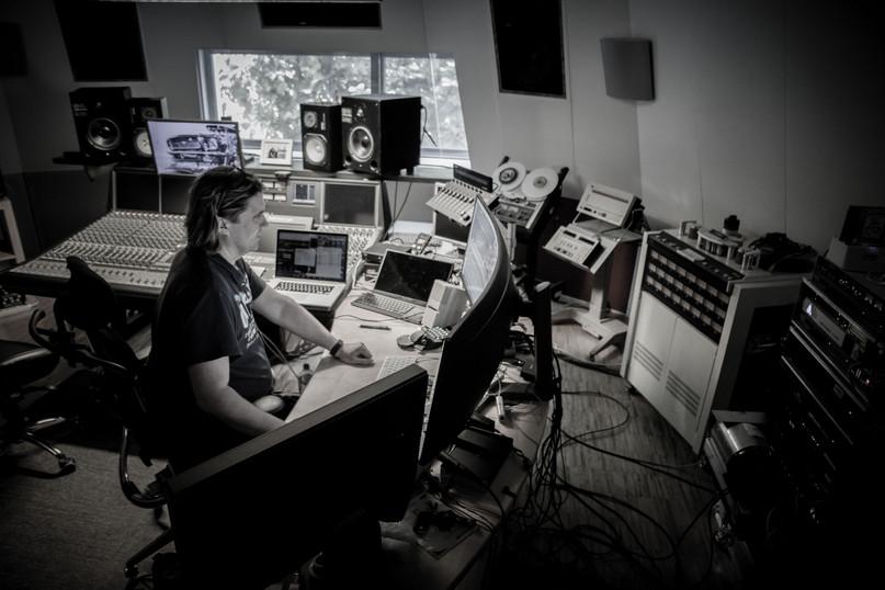 Brunhilde Studio 9-2019 by Dirk Behlau-3
