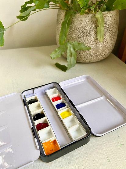 Watercolour paint tin/palette with 7 colours