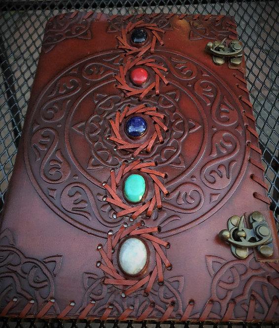 Grand Cahier Croquis - livre de sorts -journal: motif: 5 pierres semi-précieuses