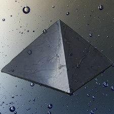 Pyramide en shungite naturelle, authentique , polie
