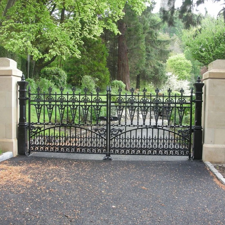 Harley Driveway Gates & Posts