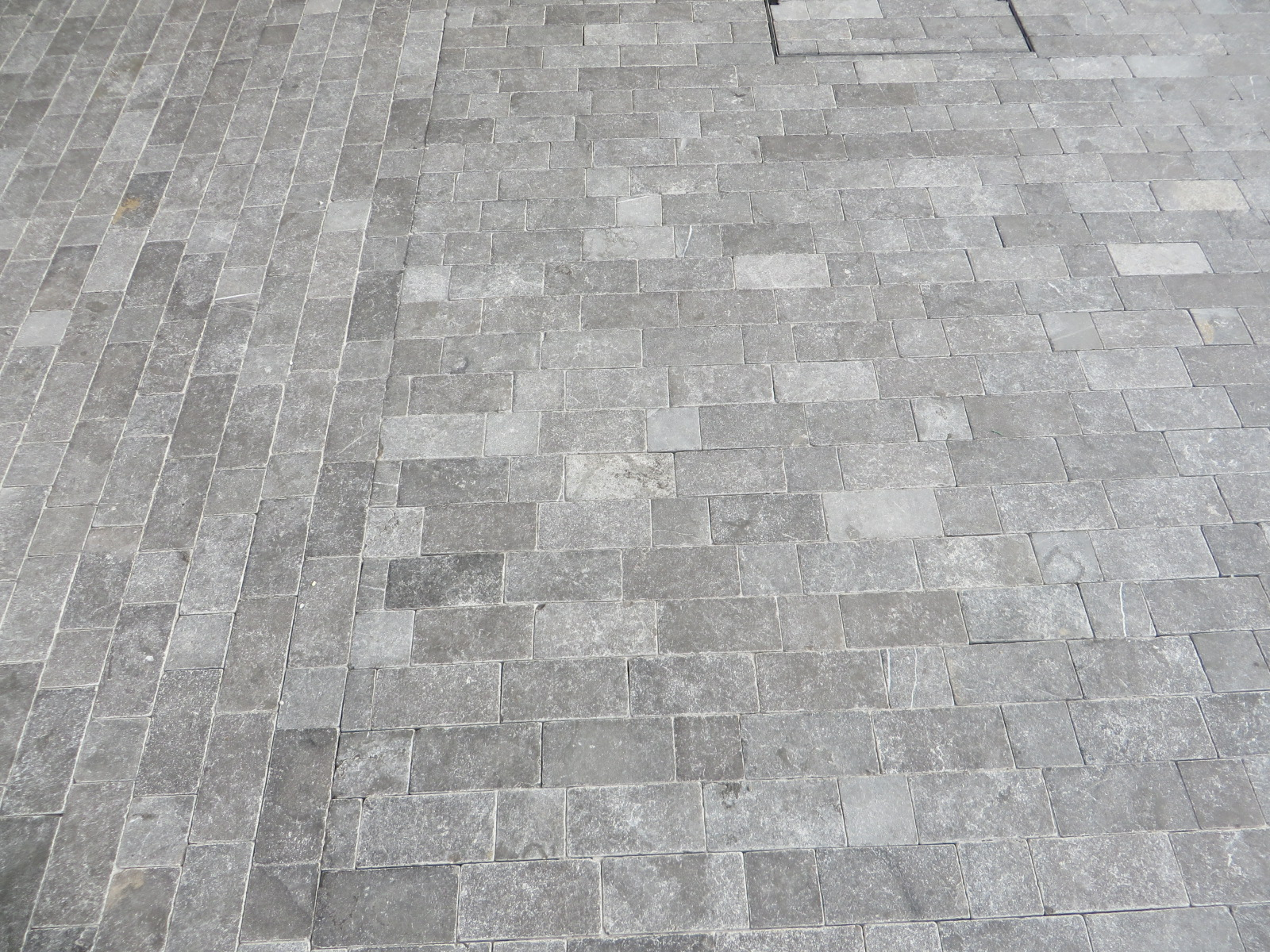 Blue Limestone Setts Door Ramp