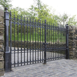 Stirling Driveway Gates & Posts