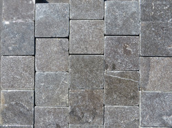 80x80mm Setts in staggered format