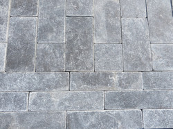 Mixed Setts with soldier border