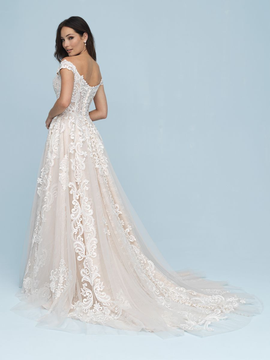 Romantic Ball Gown of Satin, Lace, and English Net