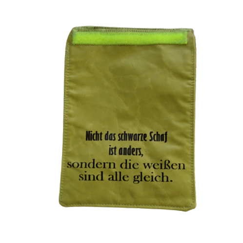 Handylasche oliv+erbsig+Schaf