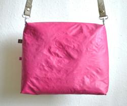 Turnaround_oliv_magenta_pink2