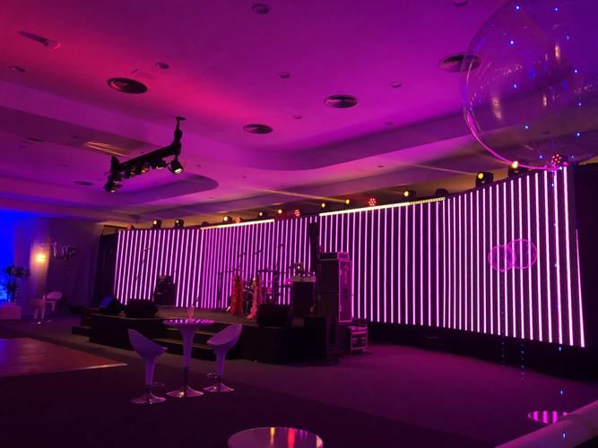 Painel de LED, Som, Iluminação