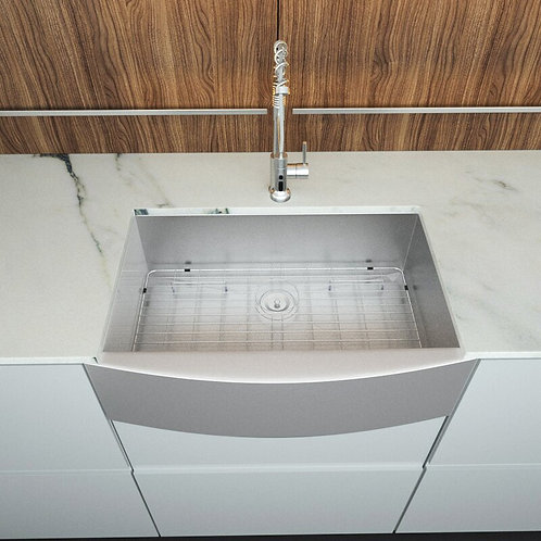 30'' L x 20'' W Farmhouse Kitchen Sink with Basket