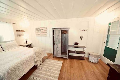 Room2-1.png