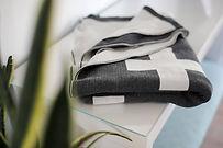 Blanket_MadeTrade_newly-goods-cross-thro